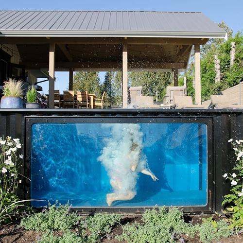ตู้คอนเทนเนอร์ ดัดแปลงเป็นสระว่ายน้ำสำเร็จรูป